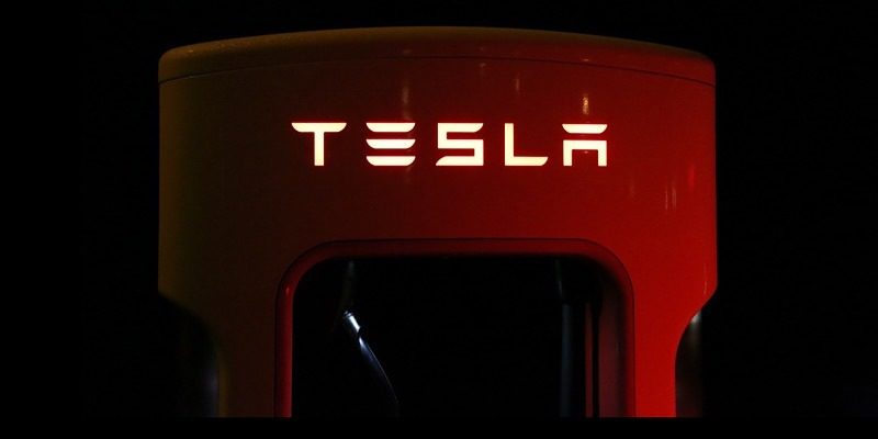 News Tesla Stickers Traffic Featured