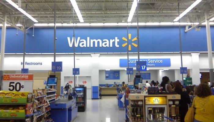 News Walmart Robots Store