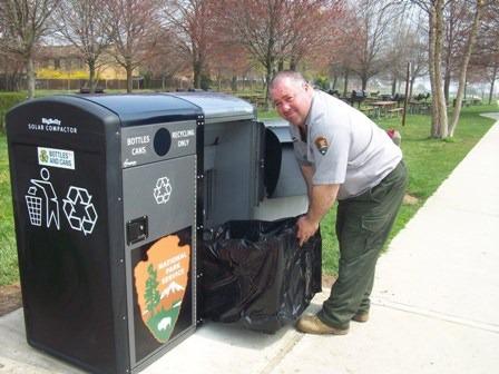 Smart City Garbage Nps Bigbelly Compactor