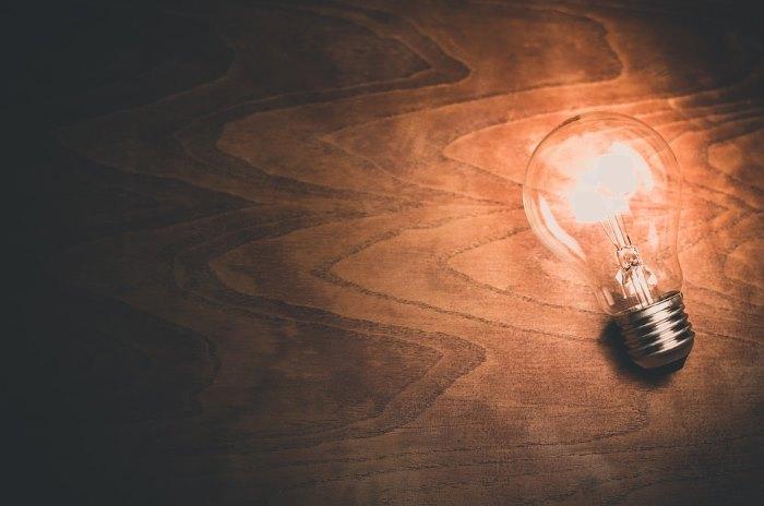 Light Power Bulb