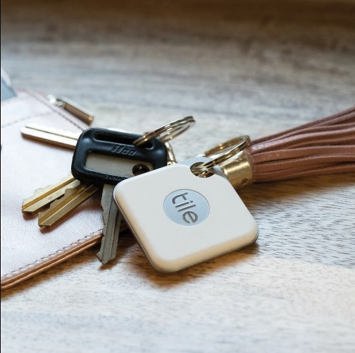 Best Smart Home Gifts Tile Style Key Finder