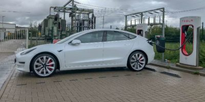 Featured Image Talking Cars Tesla