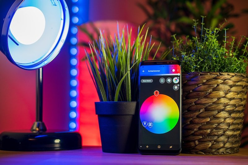 Choose Right Smart Home Bulbs Phoneapp